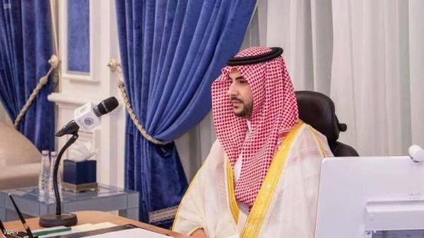 خالد بن سلمان: نتطلع إلى الحكومة اليمنية لقيادة اليمن وشعبه إلى بر الأمان