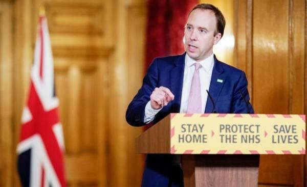 وزير الصحة البريطاني: السلالة الجديدة للوباء «خرجت عن السيطرة»