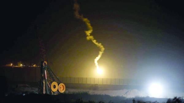 طائرات إسرائيلية تشن غارات على مواقع في قطاع غزة