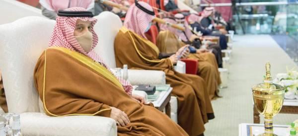 أمير الرياض يتوج أبطال كأسي ولي العهد للفروسية