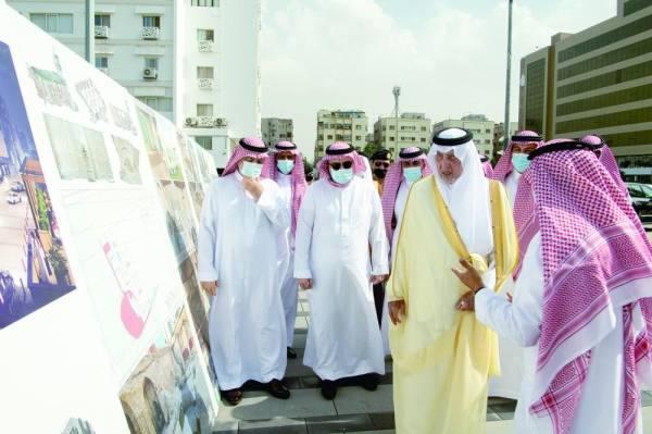 الفيصل: 2.5 مليار ريال قيمة المشروعات المنفذة في جدة
