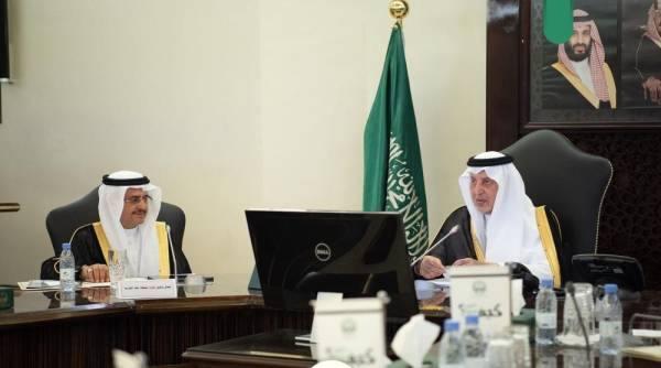 الفيصل يناقش مشروع تطوير الشميسي والقضايا التنموية بالمنطقة