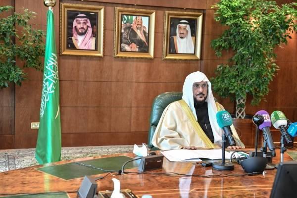 آل الشيخ: حكومة المملكة انطلقت في قراراتها لمواجهة جائحة كورونا من مبادئ الإسلام وتعالميه السمحة