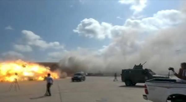 وزير الخارجية اليمني: المعطيات تشير إلى تورط مليشيا الحوثي الإرهابية في الهجوم على مطار عدن