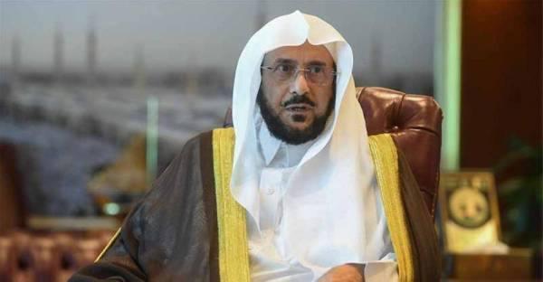 آل الشيخ يؤكد على أهمية استمرار الأئمة والخطباء والمؤذنين في تنفيذ الإجراءات الاحترازية