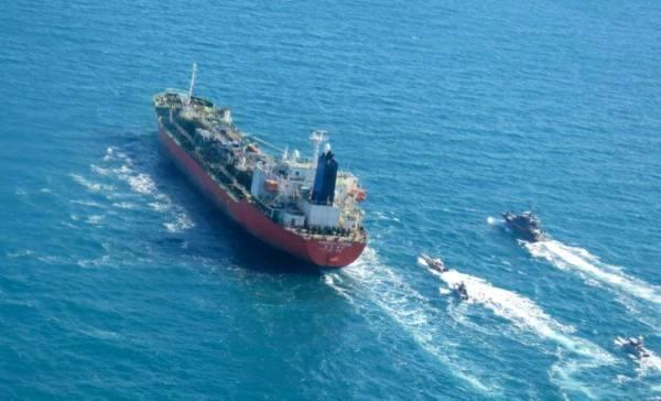 سيول تطالب بالإفراج عن ناقلة النفط التي تحتجزها إيران