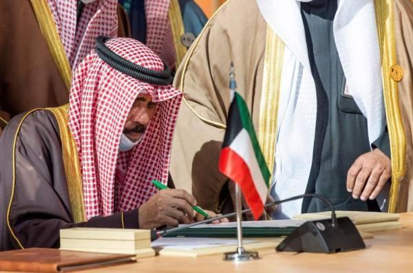 أمير الكويت يعرب عن شكره لخادم الحرمين ويشيد بما توصلت إليه القمة الخليجية