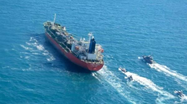 وفد كوري جنوبي في إيران للتفاوض بشأن الافراج عن ناقلة نفط