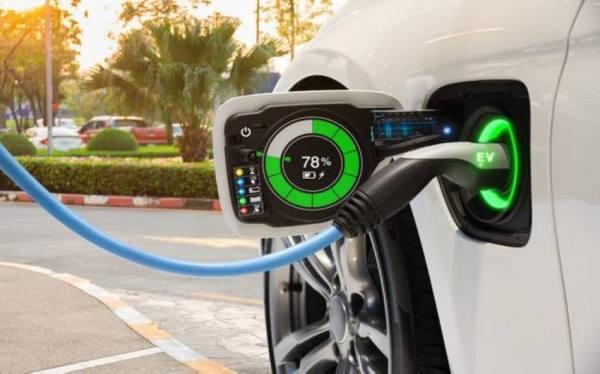 1 % نسبة السيارات الكهربائية في شوارع العالم
