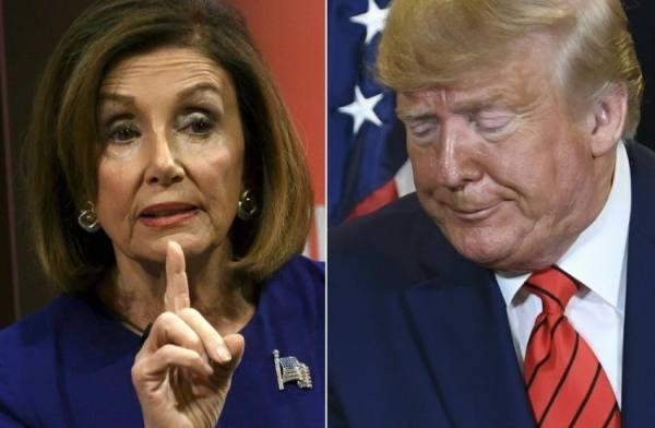 الديموقراطيون يبدأون التحرك في محاولة لإزاحة ترامب من السلطة