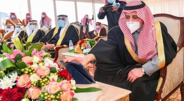 أمير تبوك يشيد بجهود وزارة الأسكان