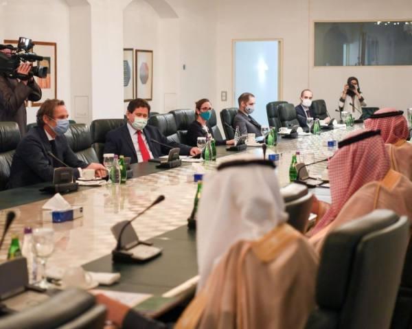 الجبير يستعرض مواقف المملكة تجاه أبرز القضايا الإقليمية والدولية أمام وفد أوروبي