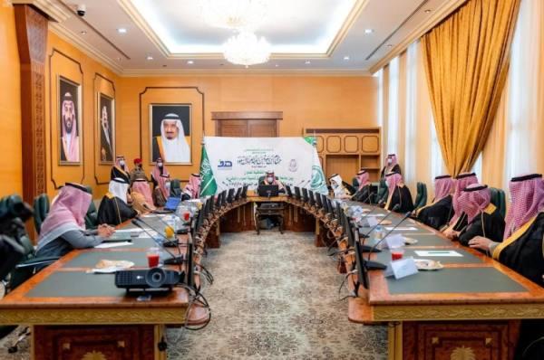 أمير الباحة يشهد توقيع اتفاقية تعاون بين