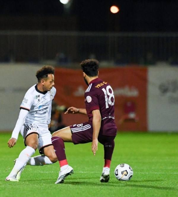 دوري المحترفين: التعادل بهدف يحسم مباراة الشباب والفيصلي