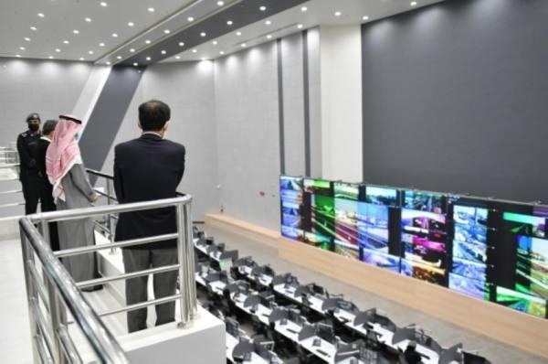 مركز (911) يستقبل عددًا من سفراء الدول الآسيوية وأوقيانوسيا
