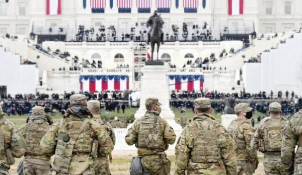 استعراض أفرع الجيش الأمريكي