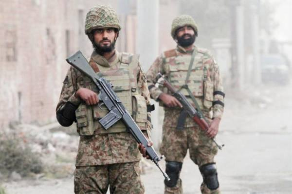 باكستان.. مقتل 4 جنود بانفجار