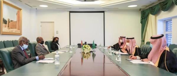 وزير الخارجية ونظيره الإريتري يرأسان أعمال الدورة الأولى للجنة السعودية - الإريترية المشتركة