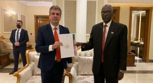 وفد إسرائيلي  برئاسة وزير المخابرات يزور السودان