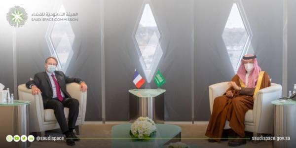 رئيس هيئة الفضاء يبحث التعاون مع سفير فرنسا بالمملكة
