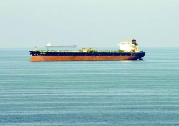 بلومبيرج: واشنطن تعتزم مصادرة شحنة من النفط الإيراني