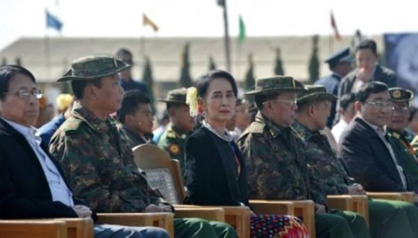 انقلاب في ميانمار.. الجيش يعتقل رئيس البلاد وزعيمة الحزب الحاكم