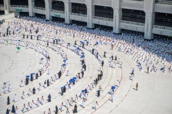 تفويج 7,5 مليون معتمر ومُصلٍّ بالمسجد الحرام
