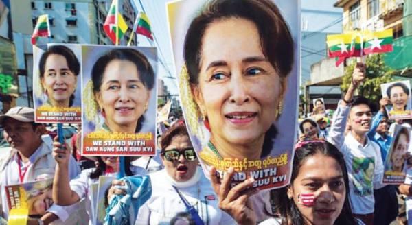 العالم يندد بانقلاب بورما ويطالب بالإفراج عن الرئيسة