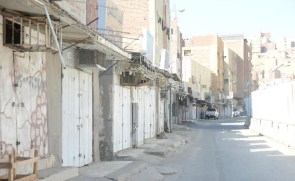 المحلات المخالفة المغلقة بحوش بكر