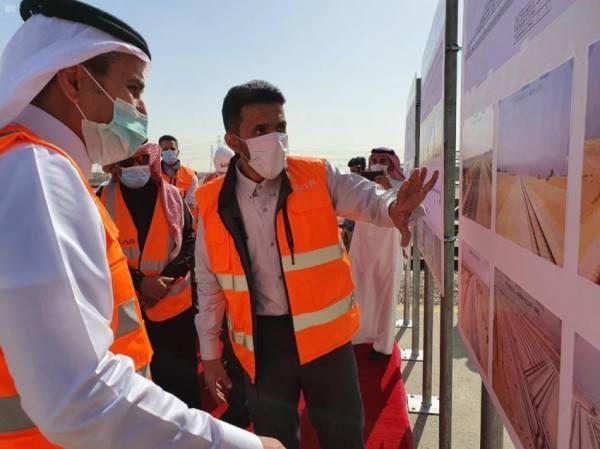 وزير النقل يتفقد مشروع الأعمال المدنية والخطوط الحديدية بمدينة الجبيل الصناعية