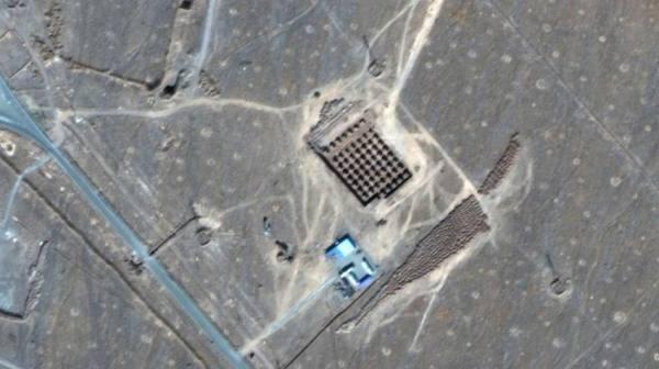 مفتشون يعثرون على «مواد مشعة» في موقعين إيرانيين
