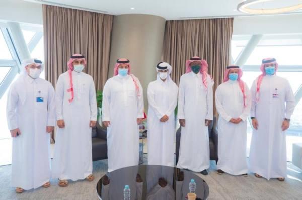 الاتحادان السعودي والقطري لكرة القدم يبحثان سبل التعاون