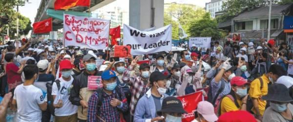 بورما.. التظاهرات تتواصل لليوم الخامس على التوالي