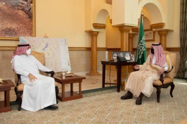 نائب أمير مكة يستقبل مدير الأحوال المدنية بالمنطقة