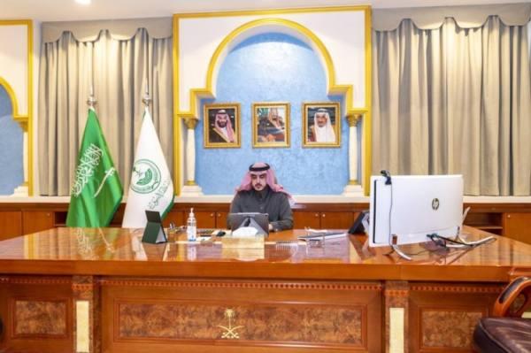 أمير الجوف يتابع جهود الوقاية من كورونا مع وكلاء الإمارة والمحافظين