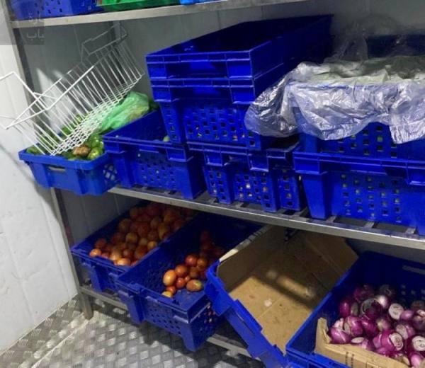 أمانة العاصمة المقدسة تنفّذ جولات رقابية تفتيشية على المحلات الغذائية