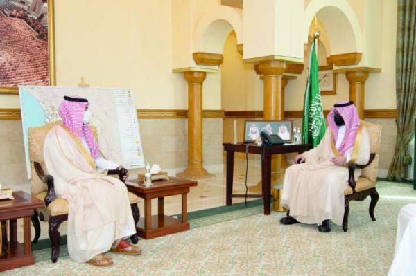 بدر بن سلطان خلال استقبال رئيس جامعة جدة