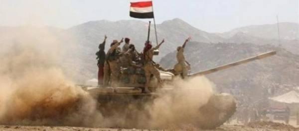 الجيش اليمني يدحر ميليشيا الحوثي في مأرب.. ومطالبة بتحقيق دولي حول استهداف مخيمات النازحين