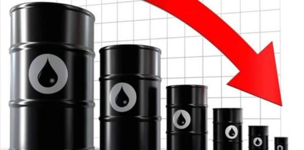 أسعار النفط تتراجع مع موجة الطقس الباردة في ولاية نكساس