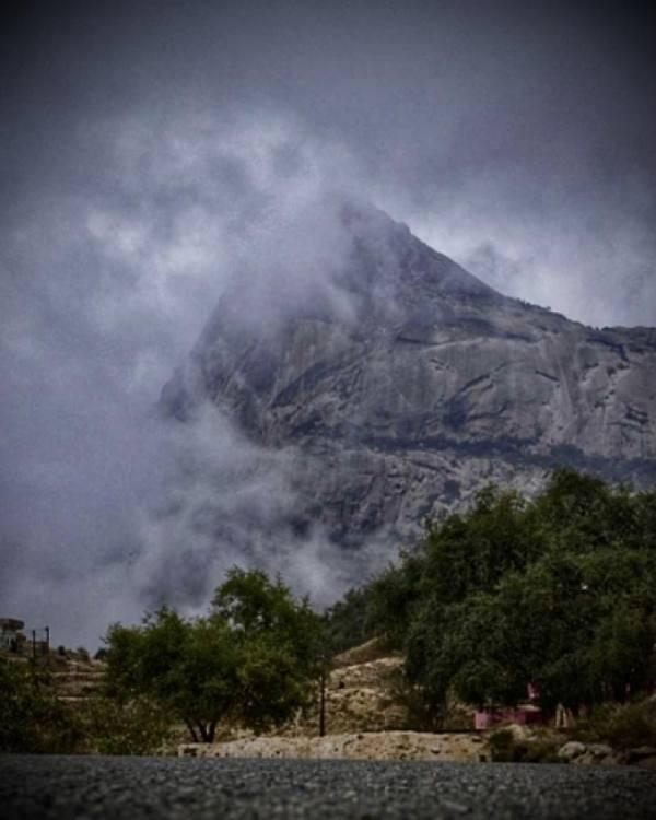 جانب من الجبل
