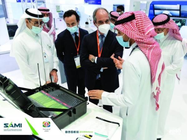 جانب من الجناح السعودي المشارك في معرض الدفاع الدولي