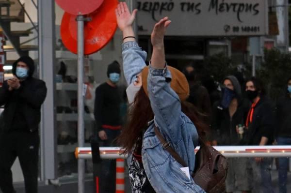 غضب شعبي في قبرص احتجاجا ًعلى