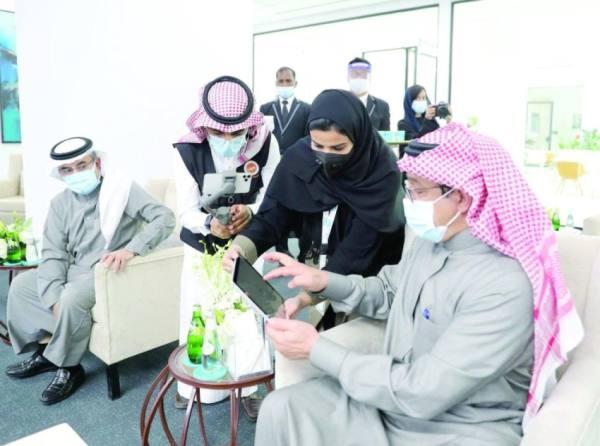 آل الشيخ: إنشاء المدارس بجودة عالية ومدة زمنية مناسبة