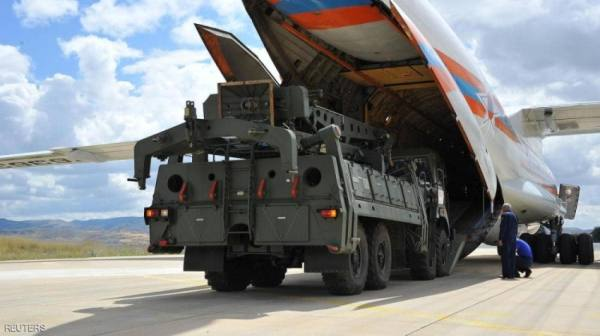 تركيا تراوغ بشأن صواريخ