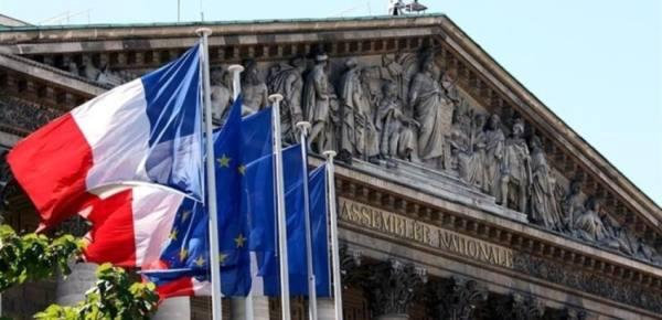 فرنسا تدين بأشد العبارات الهجمات الحوثية على المملكة