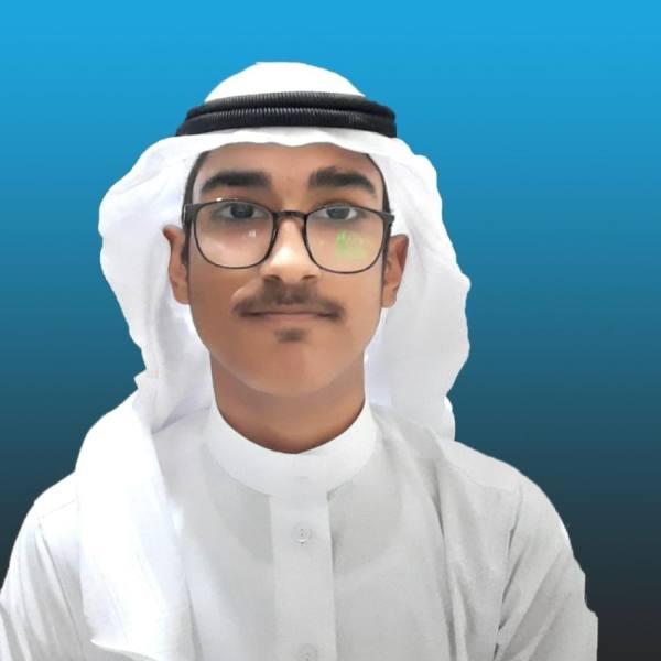 «عبدالله» يبتكر تطبيقا لتعريب البرمجة بـ «فك الشفرات»
