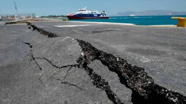هزة أرضية جديدة تضرب وسط اليونان