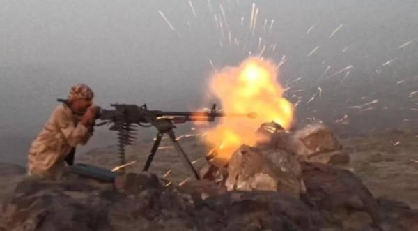 الجيش اليمني: مقتل 25 مسلحًا حوثيًا في مأرب وإسقاط درون مفخخة في تعز