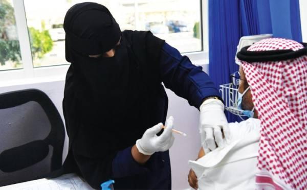 تحصين الوطن ضد وباء «كورونا».. إقبال منقطع النظير على مراكز اللقاحات
