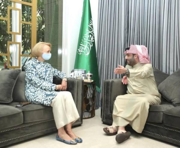 تركي آل الشيخ يبحث مع القائمة بأعمال سفارة أمريكا التعاون في قطاع الترفيه